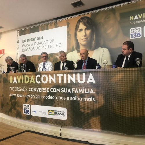 Com presença de Serra, Saúde anuncia aumento nos transplantes no Brasil